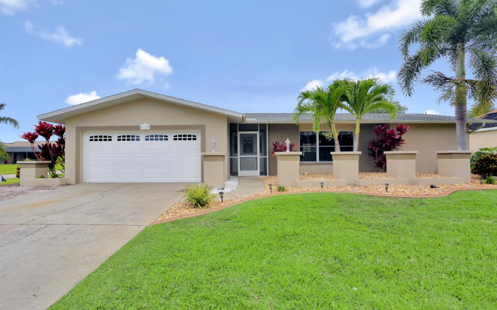 913 SW 52nd St Cape Coral - Home For Sale 2139322268