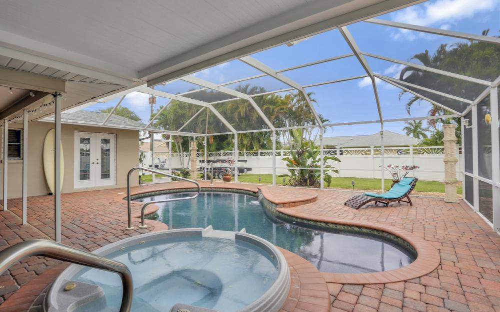 913 SW 52nd St Cape Coral - Home For Sale 1842221265