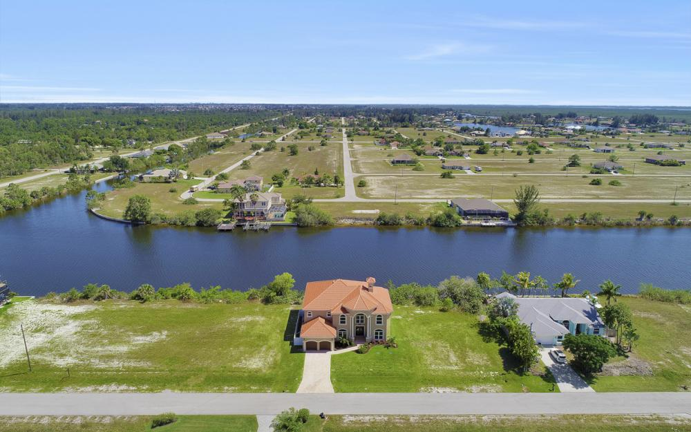 4110 NW 33rd Ln, Cape Coral - Home For Sale 621534390