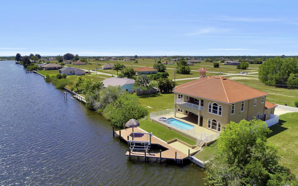 4110 NW 33rd Ln, Cape Coral - Home For Sale 810739942