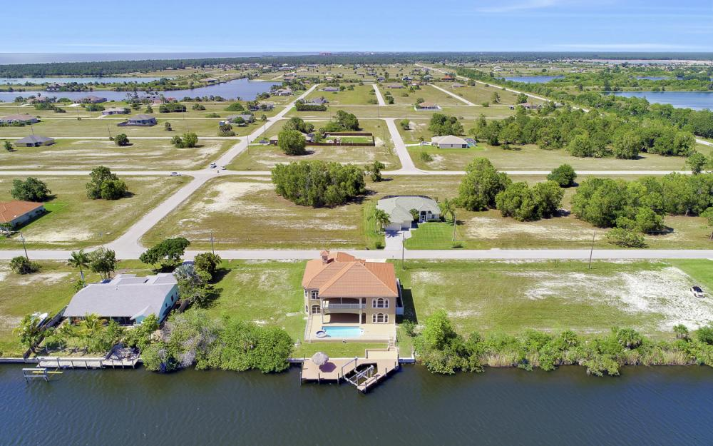 4110 NW 33rd Ln, Cape Coral - Home For Sale 49146291