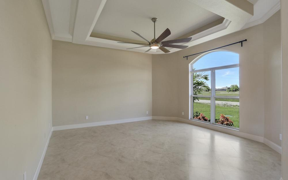 4110 NW 33rd Ln, Cape Coral - Home For Sale 1749999479