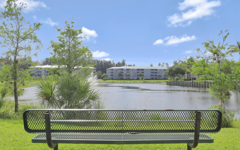 16685 Lake Circle Dr #1012, Fort Myers - Condo For Sale 496920915