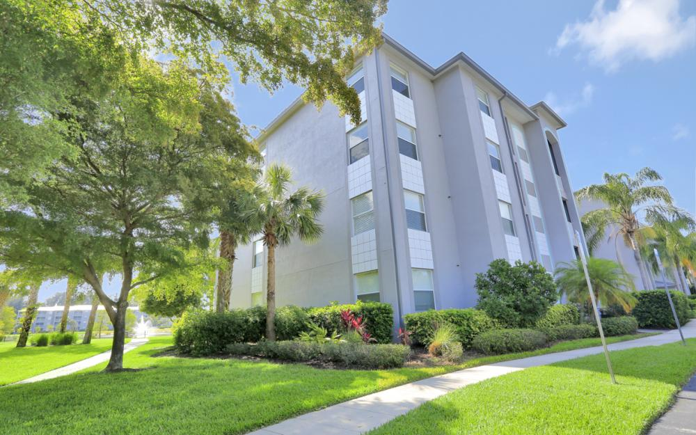 16685 Lake Circle Dr #1012, Fort Myers - Condo For Sale 887447879