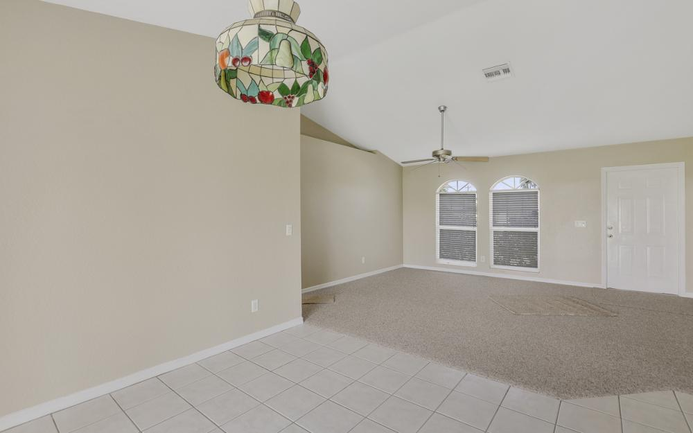 3927 SW 1st Ave, Cape Coral - Home For Sale 2093513380