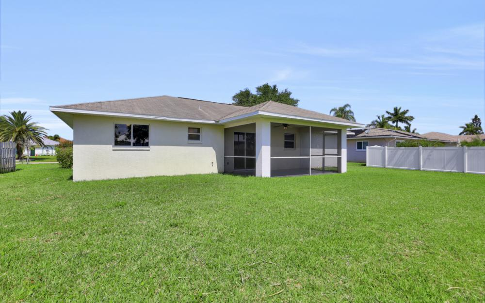 3927 SW 1st Ave, Cape Coral - Home For Sale 1734097732