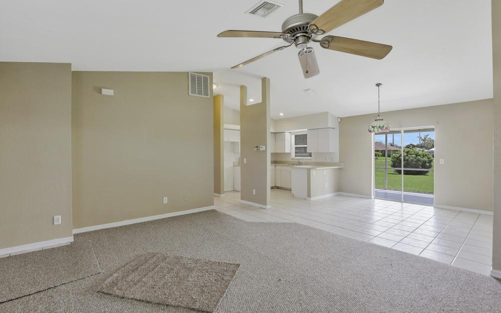 3927 SW 1st Ave, Cape Coral - Home For Sale 1467790228