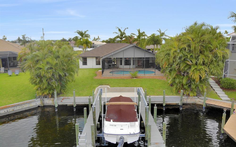 5237 SW 24th Ave, Cape Coral - Home For Sale 881448730