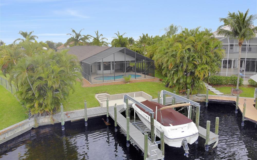 5237 SW 24th Ave, Cape Coral - Home For Sale 1058963937