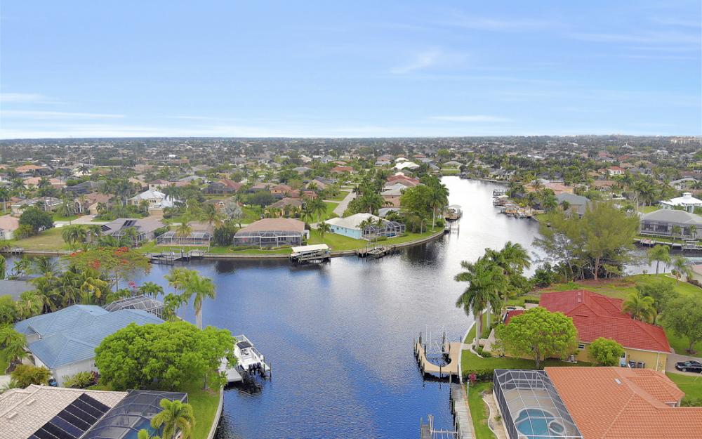 5237 SW 24th Ave, Cape Coral - Home For Sale 748705651