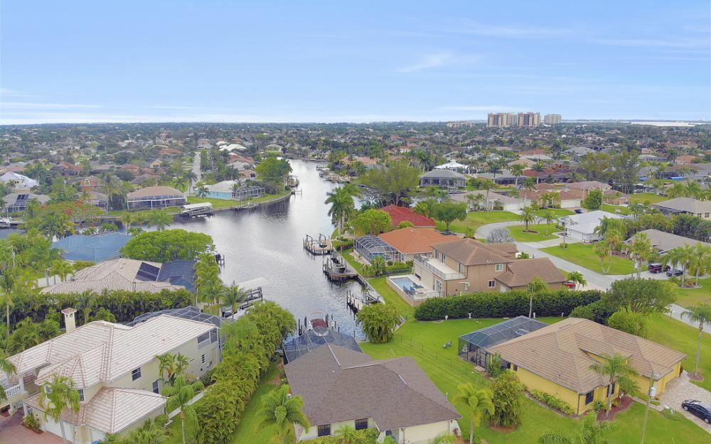 5237 SW 24th Ave, Cape Coral - Home For Sale 1183049377
