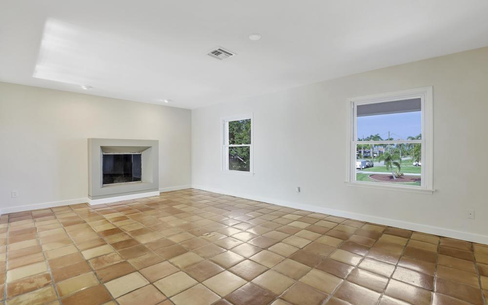 2063 SE 28th St, Cape Coral - Home For Sale 1251345543