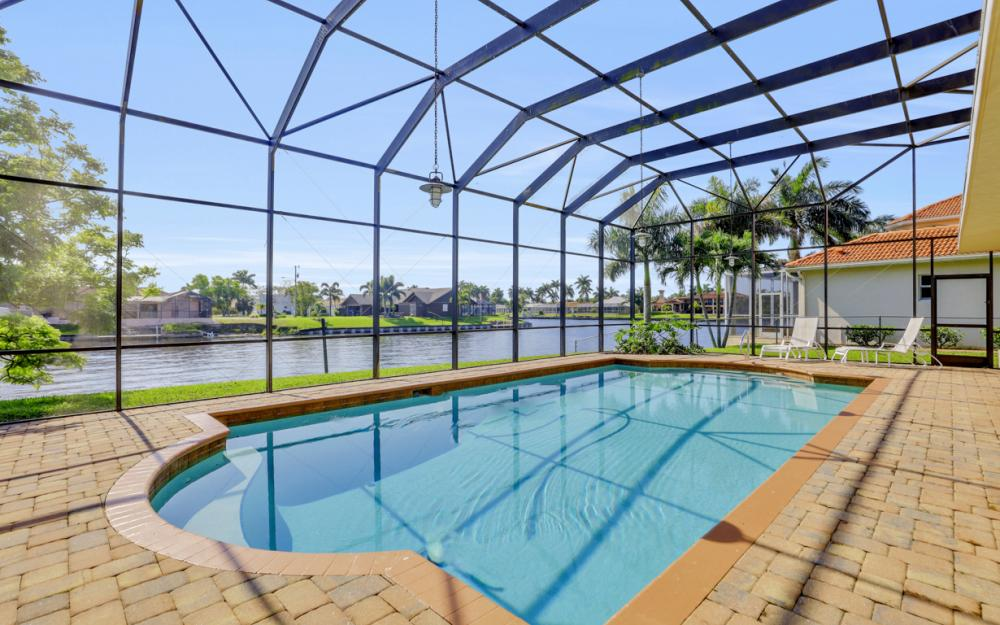 2063 SE 28th St, Cape Coral - Home For Sale 63136385