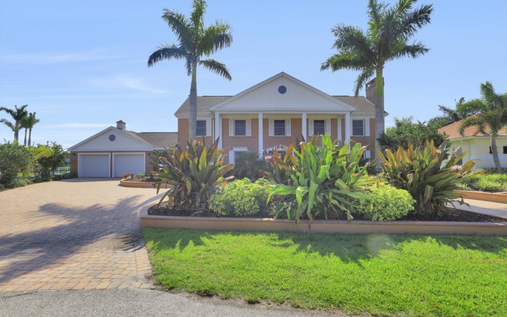 2063 SE 28th St, Cape Coral - Home For Sale 2031957588