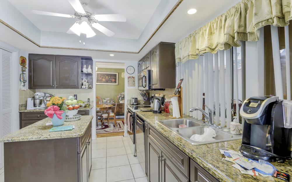 1130 SE 28th Ter, Cape Coral - Home For Sale 785060750