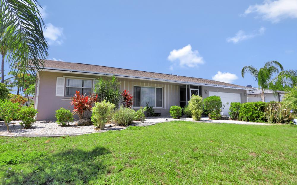 1130 SE 28th Ter, Cape Coral - Home For Sale 1269748078