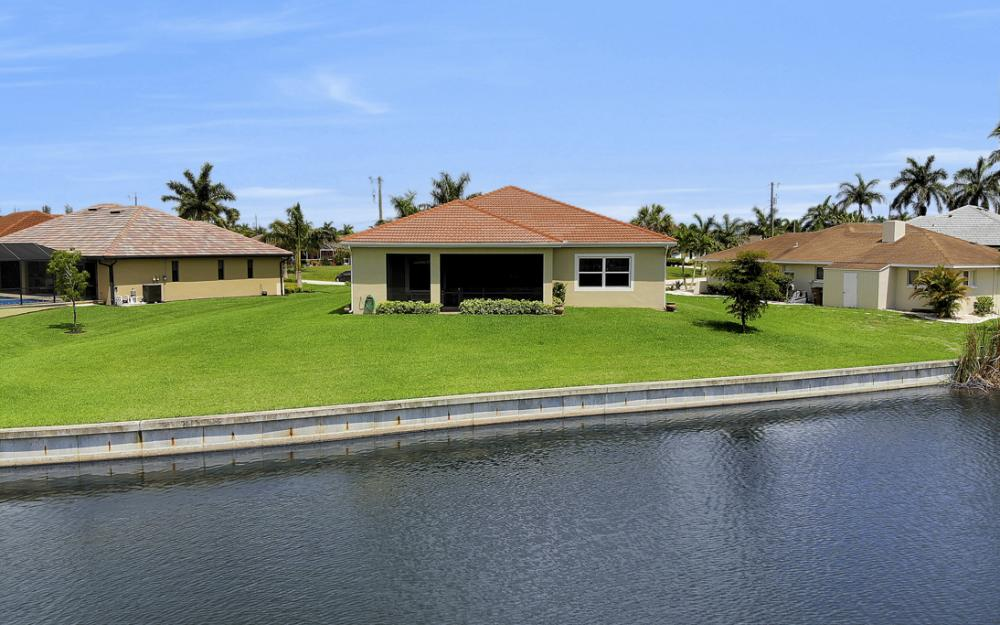 2735 SW 30th Ter, Cape Coral - Home For Sale 1962243902
