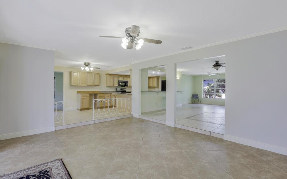 1701 St Clair Ave E, Fort Myers - Home For Sale 442962706