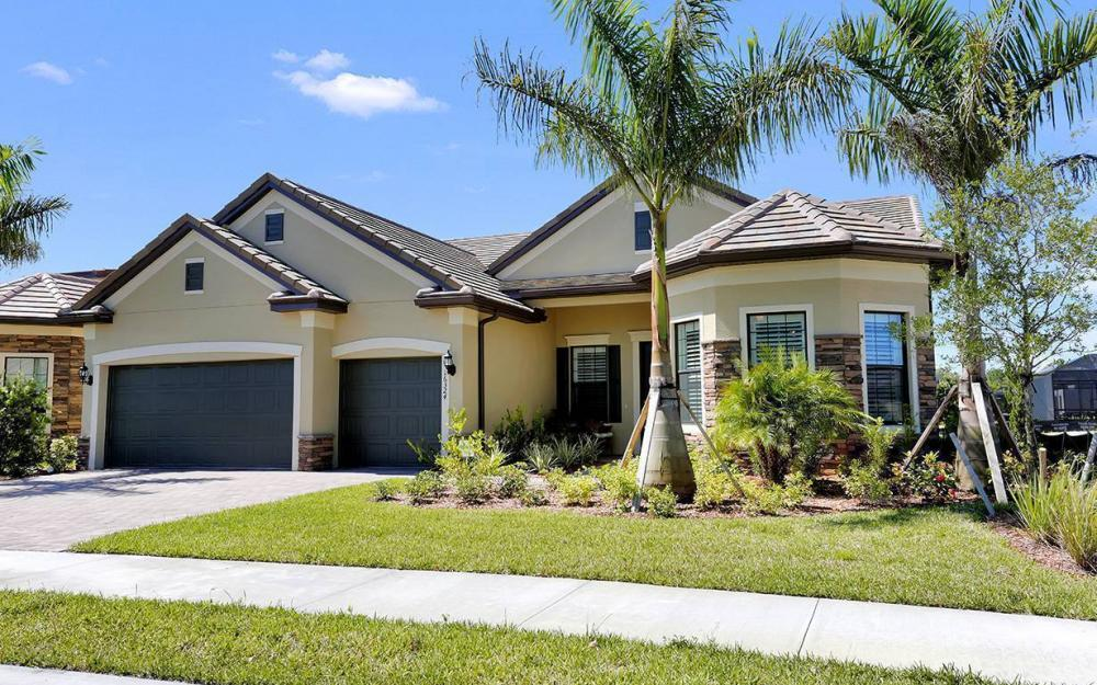 16324 Camden Lakes Circle, Naples - House For Sale 1827146291