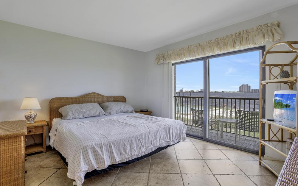 3300 N Key Dr Apt 1W, North Fort Myers - Condo For Sale 204071287