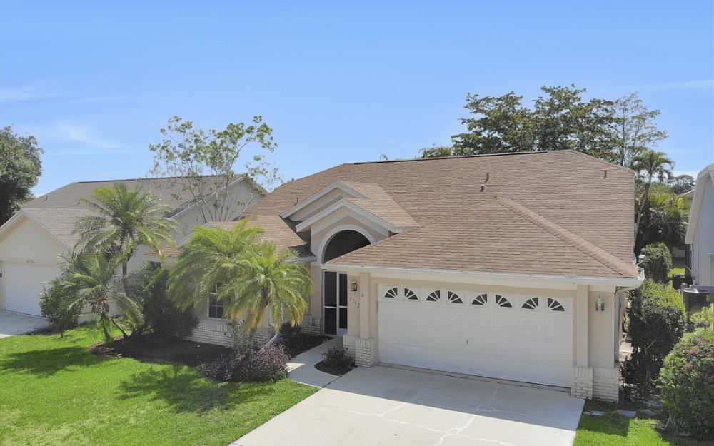 6782 Berwick Pl, Naples - Home For Sale 86323203