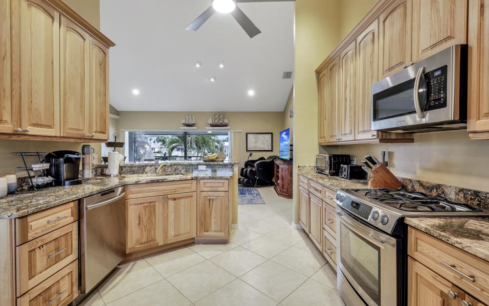 1074 Whiteheart Ct. Marco Island - Vacation Rental 956944070
