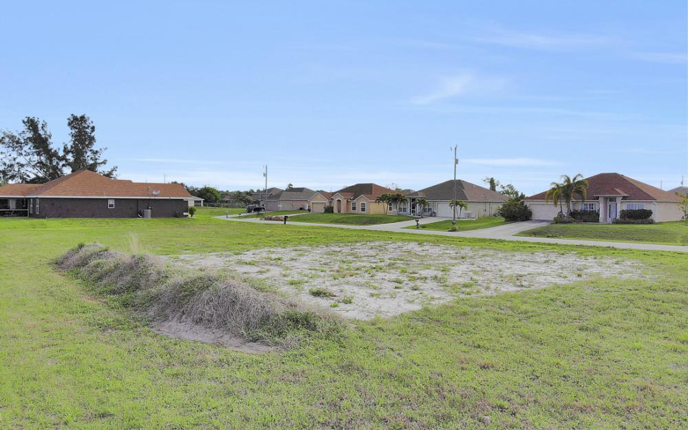 2808 NE 2nd Pl, Cape Coral - Lot For Sale 1510509623