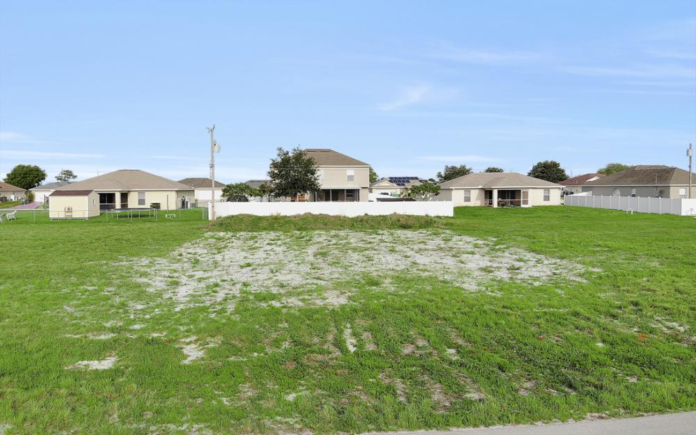 2808 NE 2nd Pl, Cape Coral - Lot For Sale 664874532