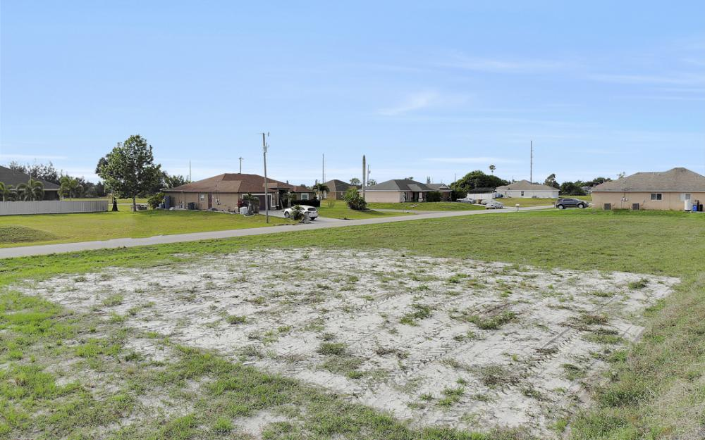 2808 NE 2nd Pl, Cape Coral - Lot For Sale 603527591