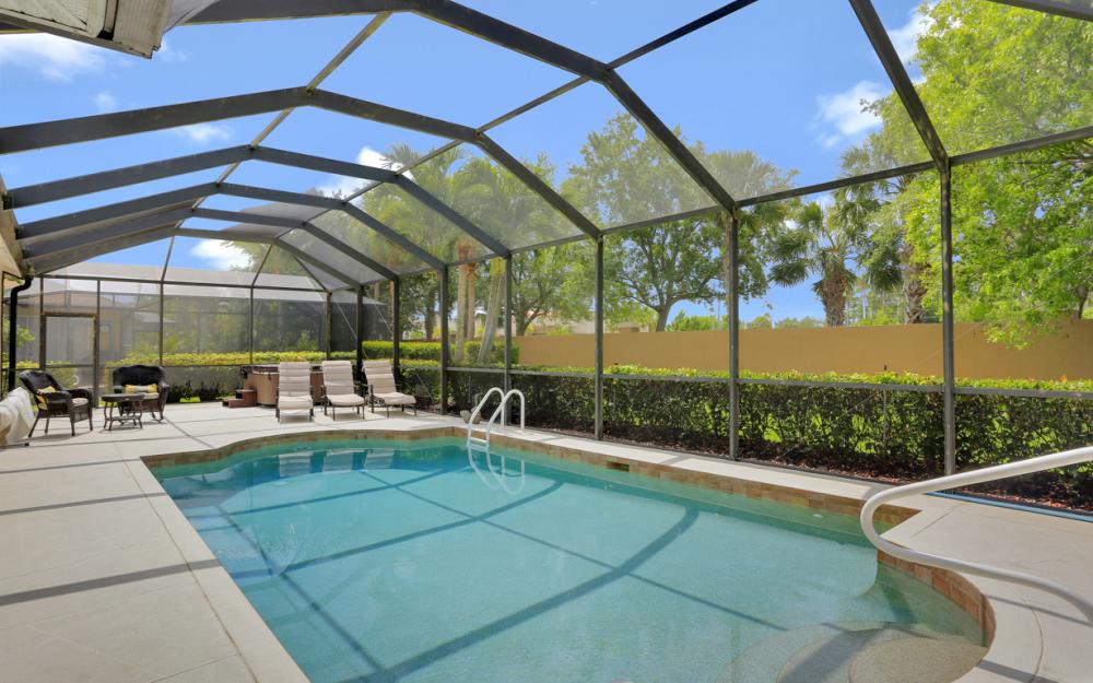 15007 Balmoral Loop Fort Myers - Home For Sale 418977883