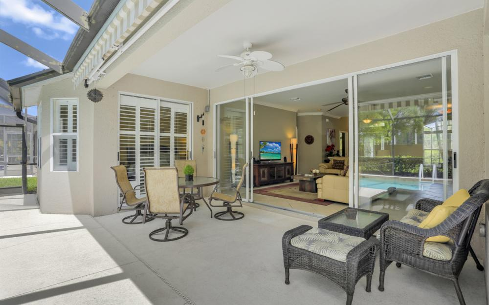 15007 Balmoral Loop Fort Myers - Home For Sale 1211567856