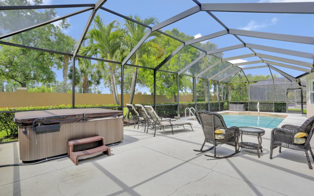 15007 Balmoral Loop Fort Myers - Home For Sale 5719016