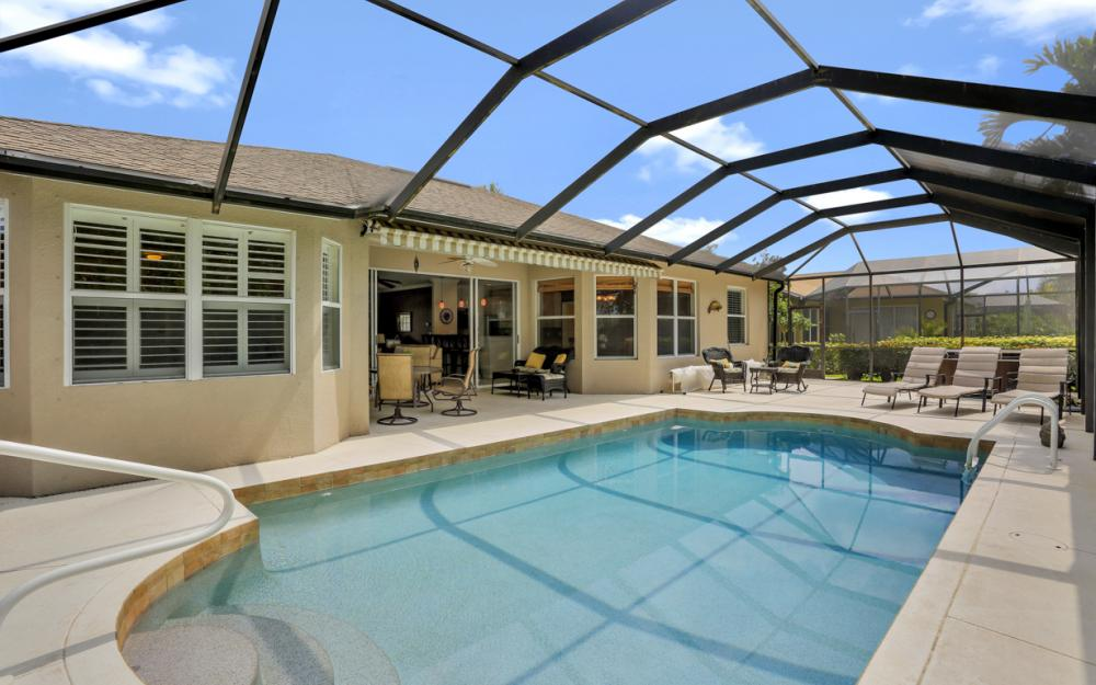 15007 Balmoral Loop Fort Myers - Home For Sale 371845846