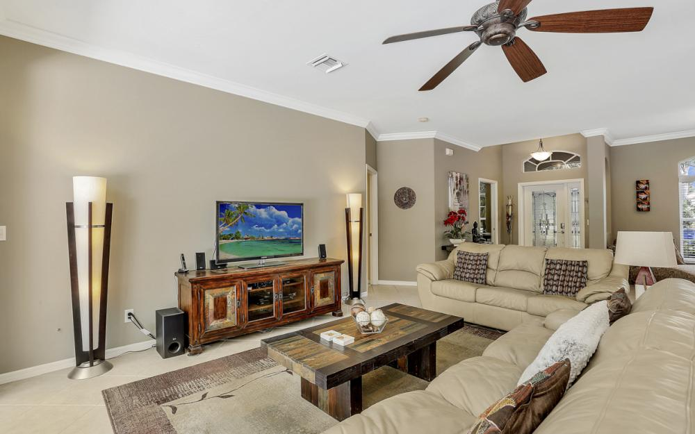 15007 Balmoral Loop Fort Myers - Home For Sale 1445794960