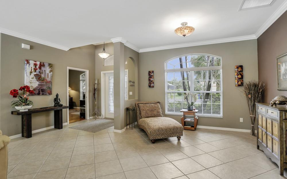 15007 Balmoral Loop Fort Myers - Home For Sale 1028314365