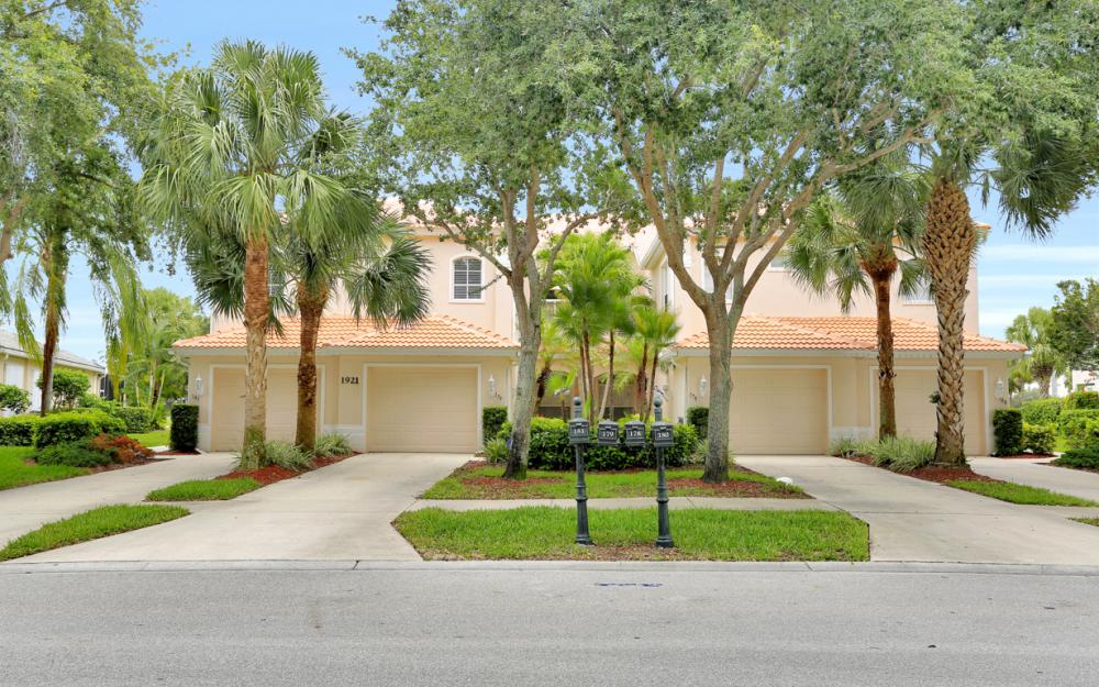 1921 Crestview Way #181 Naples - Condo For Sale 483495010