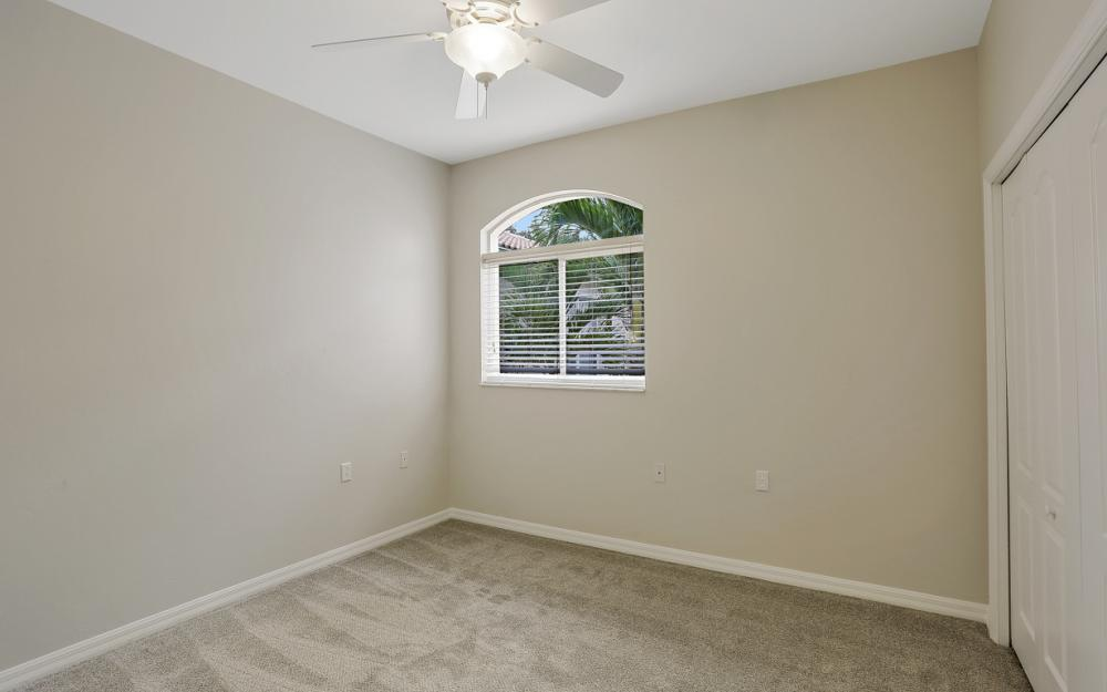 1921 Crestview Way #181 Naples - Condo For Sale 784034268