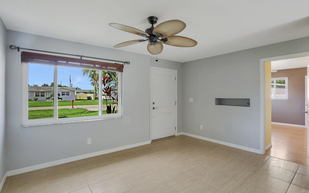 1355 Sirocco St, Fort Myers - Home For Sale 125945197
