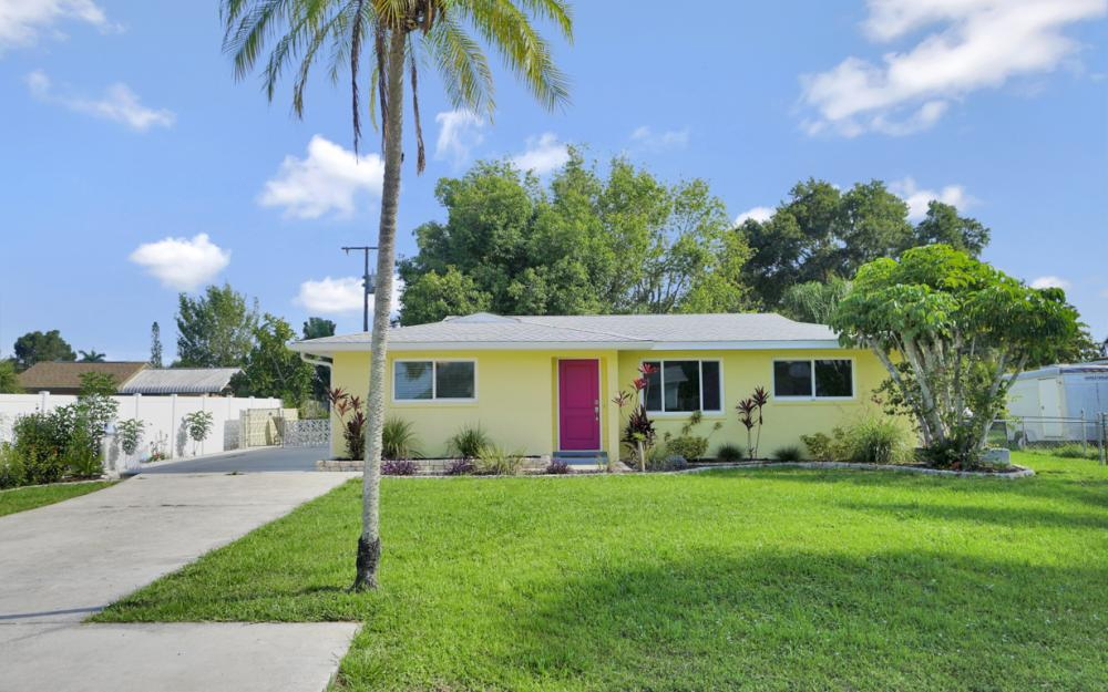 1355 Sirocco St, Fort Myers - Home For Sale 1305438924