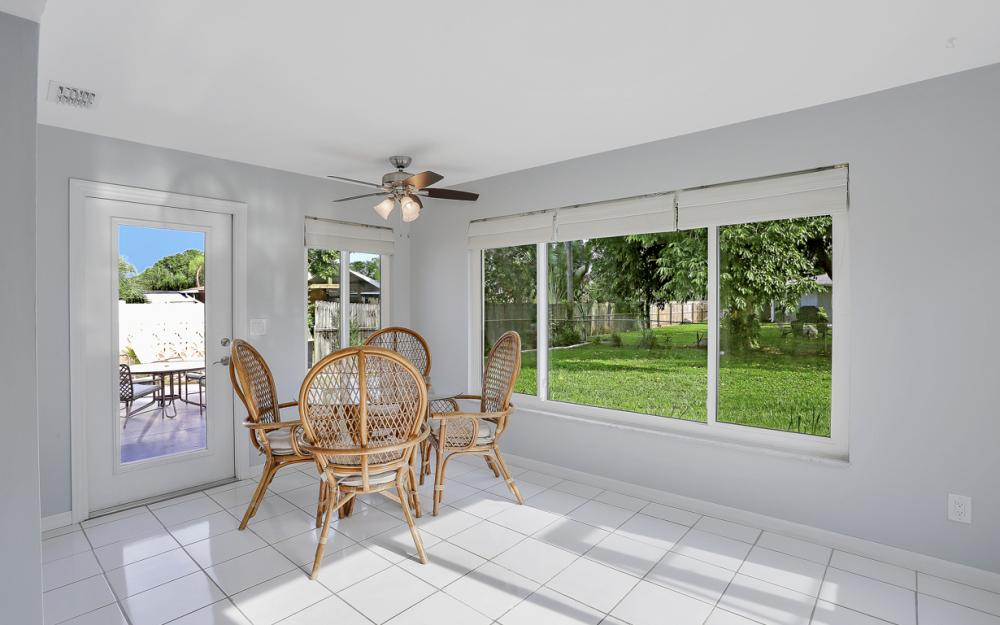 1355 Sirocco St, Fort Myers - Home For Sale 671712173