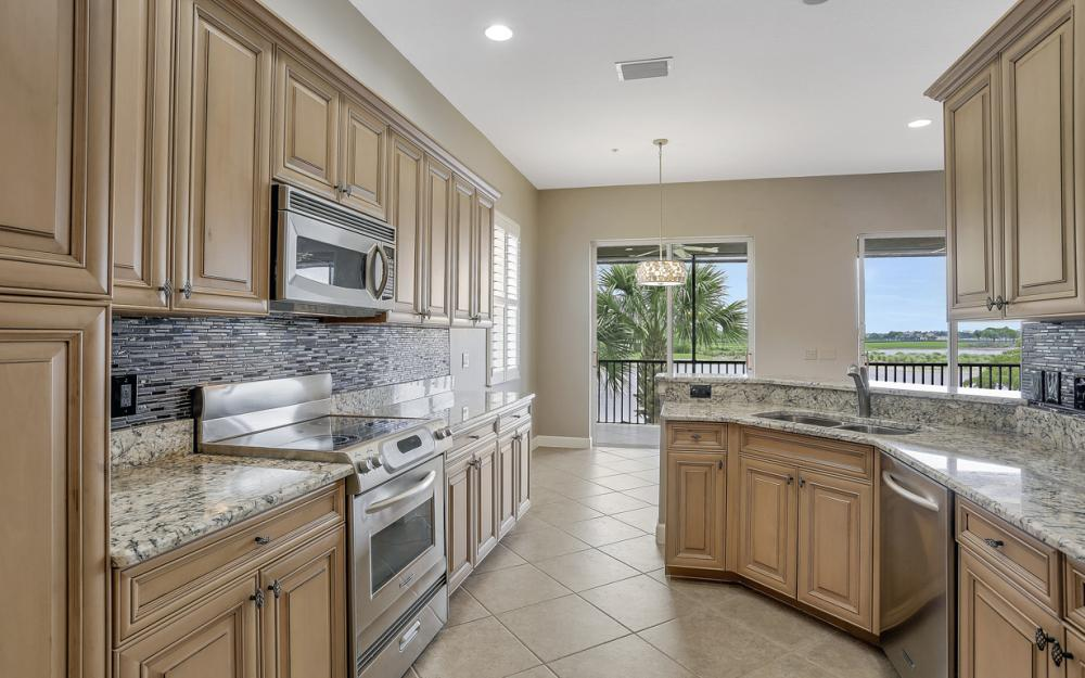 8759 Coastline Ct #201 Naples - Condo For Sale 888682010