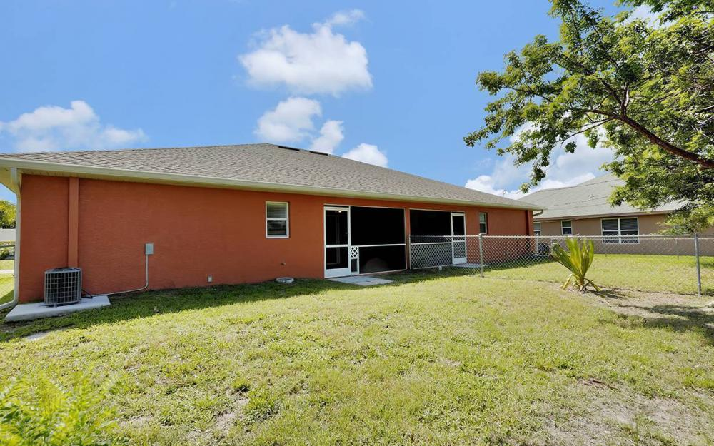 1507/1509 SE 5th Pl, Cape Coral - Duplex For Sale 1370032525