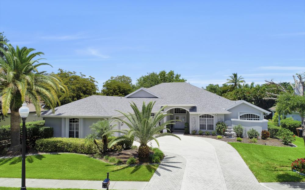 16 Catalpa Court, Fort Myers - Home For Sale 810454030
