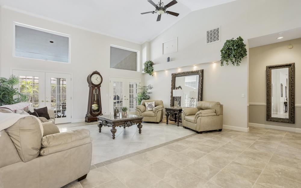 16 Catalpa Court, Fort Myers - Home For Sale 1562077175
