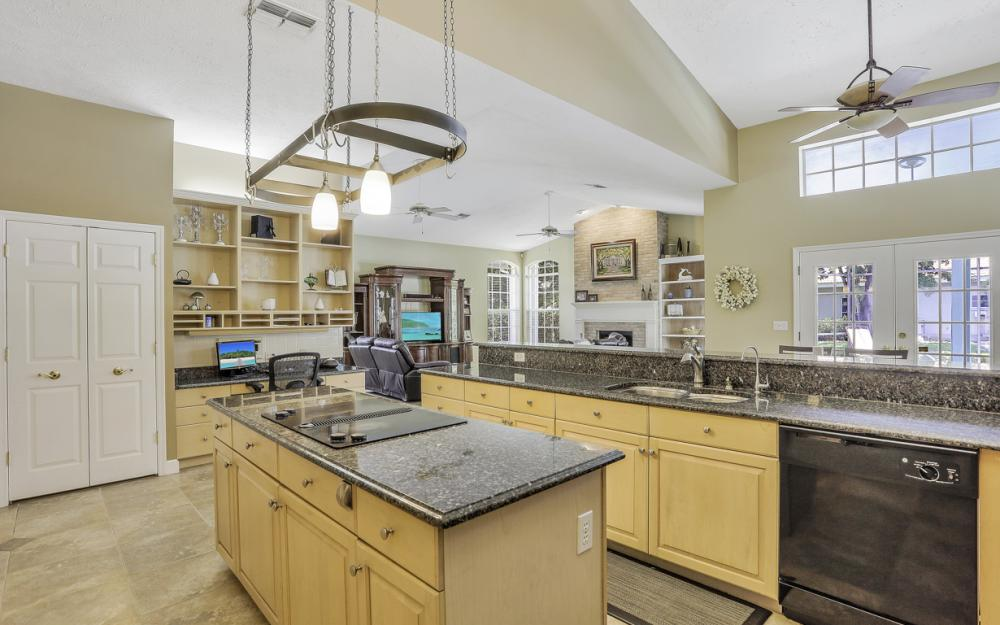 16 Catalpa Court, Fort Myers - Home For Sale 159426648