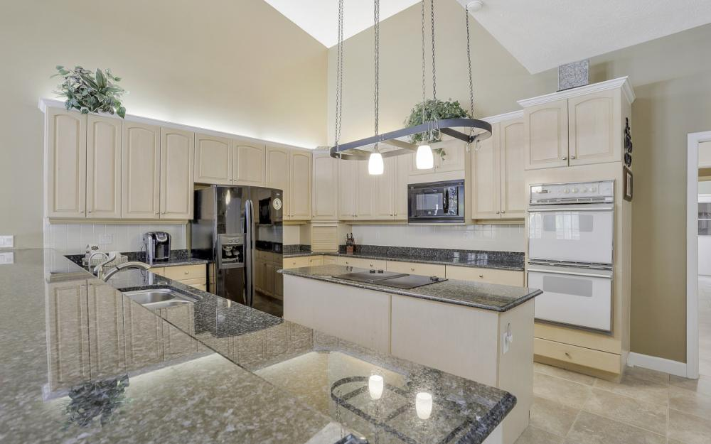 16 Catalpa Court, Fort Myers - Home For Sale 1532862910