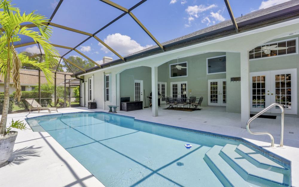 16 Catalpa Court, Fort Myers - Home For Sale 324875065