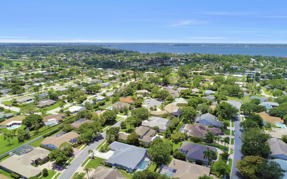 16 Catalpa Court, Fort Myers - Home For Sale 646560100