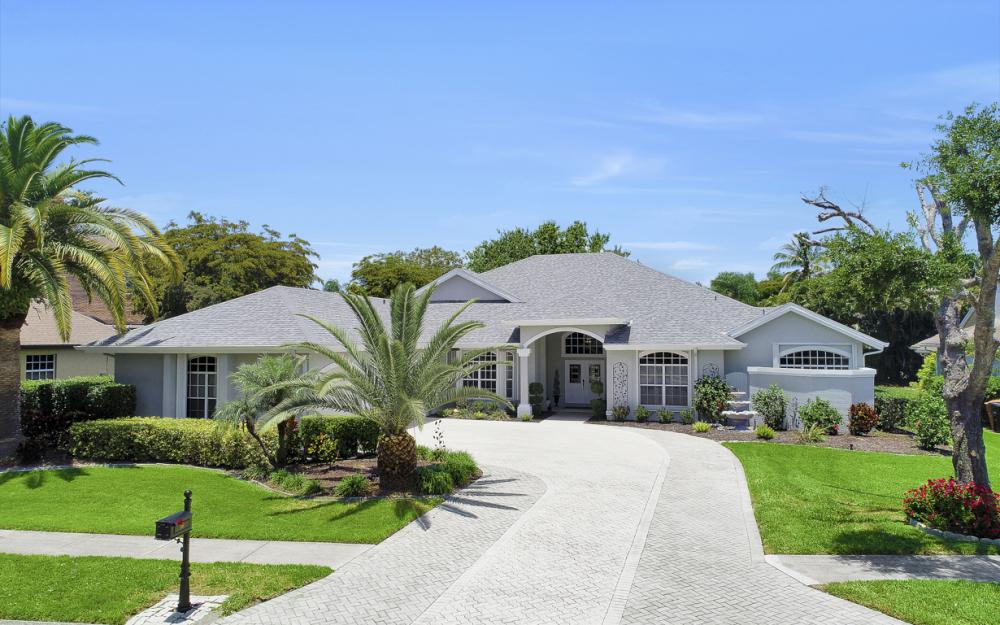 16 Catalpa Court, Fort Myers - Home For Sale 1882972528