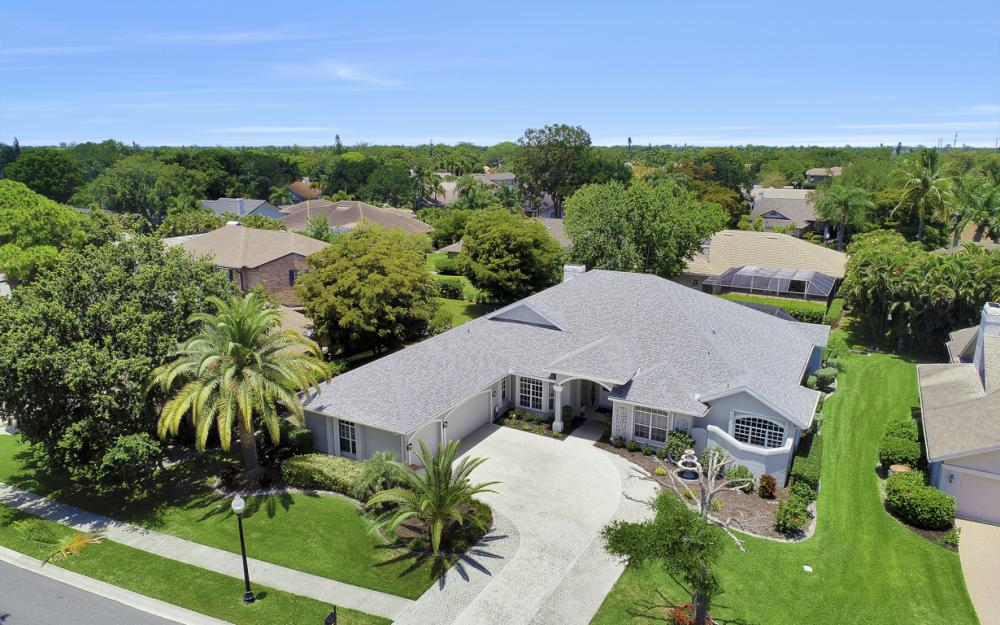 16 Catalpa Court, Fort Myers - Home For Sale 275947656